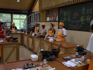 台湾の飛牛牧場で楽しむDIY。台湾料理作りや野菜収穫を日本の大学生が体験。